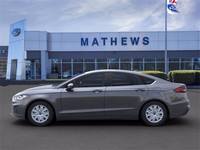 2020 Magnetic Metallic Ford Fusion S 2.5 L 4-Cylinder Engine Automatic Sedan