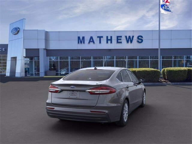 2020 Magnetic Metallic Ford Fusion S Automatic 2.5 L 4-Cylinder Engine Sedan