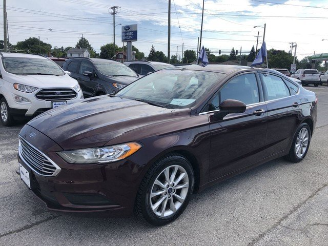 2017 Burgundy Velvet Metallic Tinted Ford Fusion SE FWD Automatic 4 Door 2.5L IVCT Engine Sedan