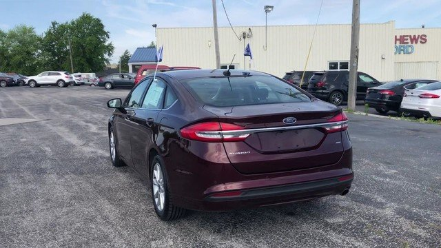 2017 Burgundy Velvet Metallic Tinted Ford Fusion SE 2.5L IVCT Engine 4 Door FWD