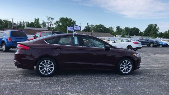 2017 Ford Fusion SE 2.5L IVCT Engine 4 Door FWD Sedan