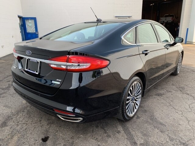 2017 Ford Fusion SE Sedan Automatic FWD 4 Door 2.0 L 4-Cylinder Engine