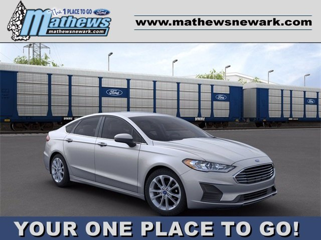 2020 Iconic Silver Metallic Ford Fusion SE 4 Door Sedan 1.5 L 4-Cylinder Engine FWD Automatic