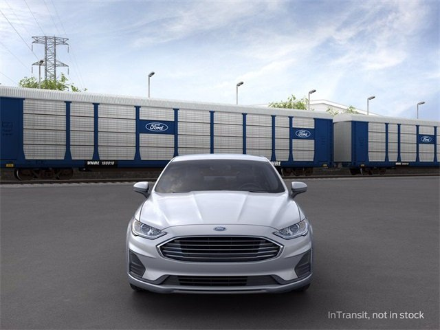 2020 Iconic Silver Metallic Ford Fusion SE Sedan 1.5 L 4-Cylinder Engine FWD 4 Door Automatic