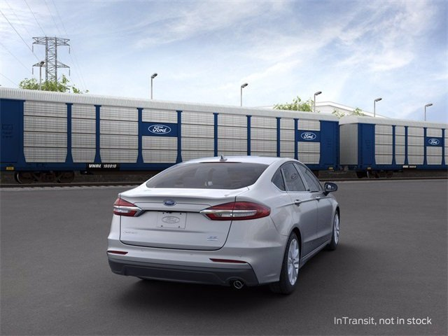 2020 Iconic Silver Metallic Ford Fusion SE 1.5 L 4-Cylinder Engine 4 Door Automatic FWD Sedan