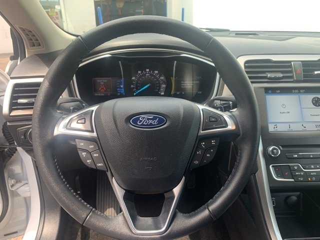 2018 Ford Fusion SE 4 Door FWD 1.5 L 4-Cylinder Engine Sedan Automatic