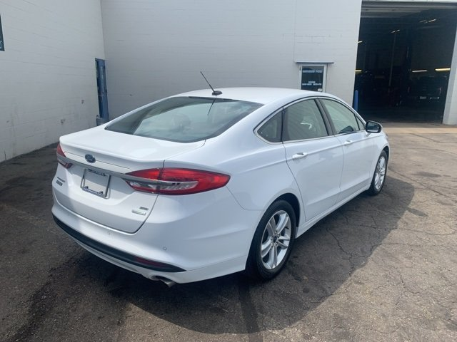 2018 Ford Fusion SE 1.5 L 4-Cylinder Engine FWD 4 Door Automatic