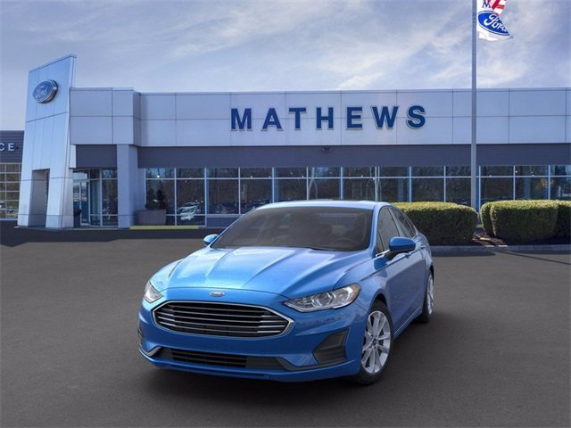 2020 Velocity Blue Metallic Ford Fusion SE 1.5 L 4-Cylinder Engine FWD Sedan Automatic