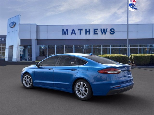 2020 Velocity Blue Metallic Ford Fusion SE Automatic 4 Door 1.5 L 4-Cylinder Engine
