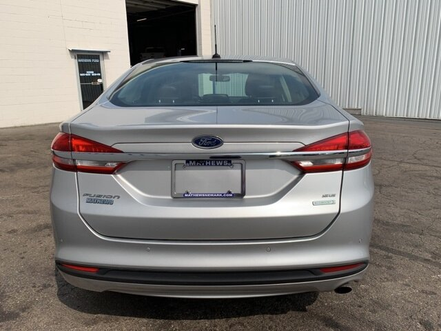 2017 INGOT_SILVER Ford Fusion SE FWD Automatic 1.5 L 4-Cylinder Engine 4 Door
