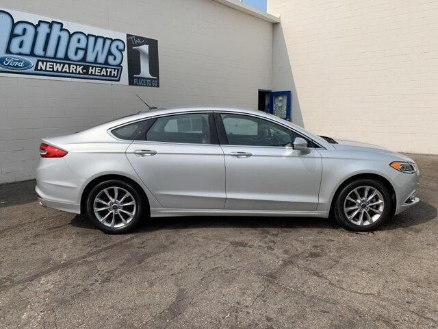 2017 Ford Fusion SE 1.5 L 4-Cylinder Engine FWD Automatic Sedan 4 Door