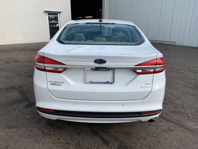 2017 Ford Fusion SE Automatic Sedan 1.5 L 4-Cylinder Engine