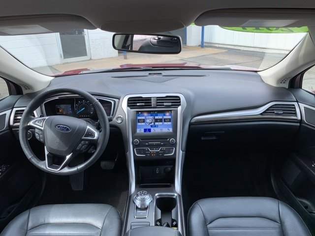 2017 Ford Fusion SE FWD 4 Door Automatic