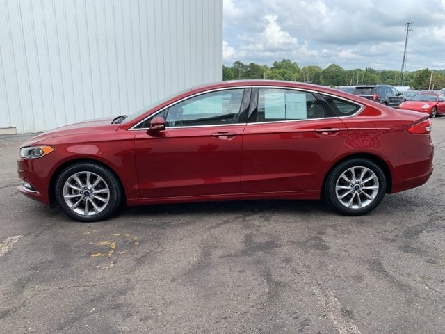 2017 Ford Fusion SE FWD Automatic Sedan 4 Door