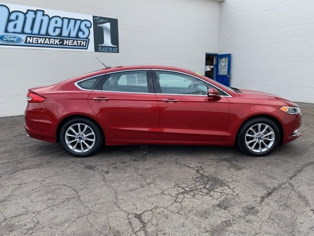 2017 Ford Fusion SE Automatic 1.5 L 4-Cylinder Engine Sedan FWD 4 Door