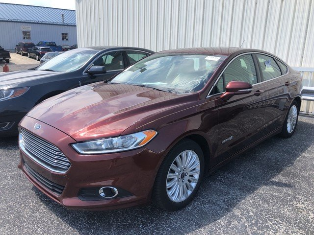 2016 Bronze Fire Metallic Tinted Clearcoat Ford Fusion SE Hybrid Sedan Automatic FWD