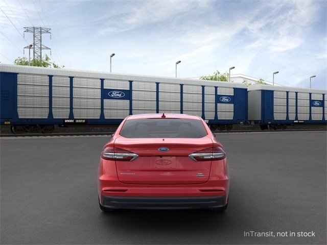 2020 Ford Fusion Hybrid SE Sedan Automatic (CVT) 2.0 L 4-Cylinder Engine 4 Door