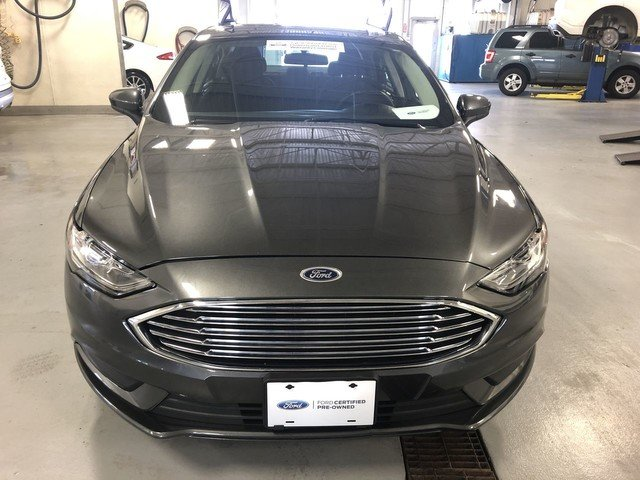 2018 Magnetic Metallic Ford Fusion Hybrid SE FWD 2.0L 4-Cyl Engine Automatic 4 Door