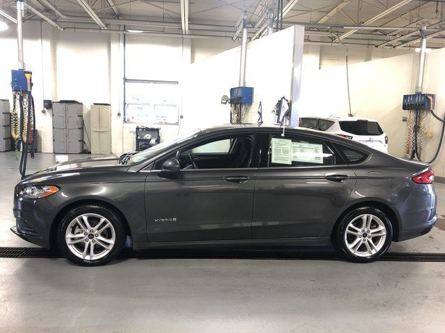 2018 Magnetic Metallic Ford Fusion Hybrid SE 2.0L 4-Cyl Engine Automatic 4 Door