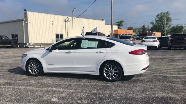 2017 Ford Fusion Hybrid SE FWD Automatic Sedan 2.0L 4-Cyl Engine
