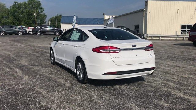2017 Ford Fusion Hybrid SE FWD Sedan Automatic 2.0L 4-Cyl Engine 4 Door