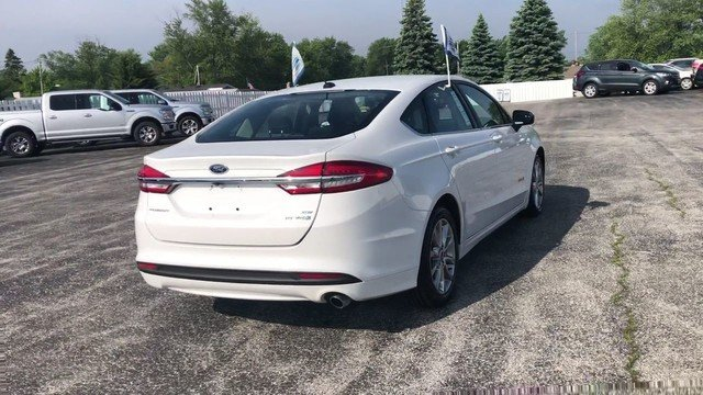 2017 Ford Fusion Hybrid SE 2.0L 4-Cyl Engine FWD Automatic Sedan 4 Door