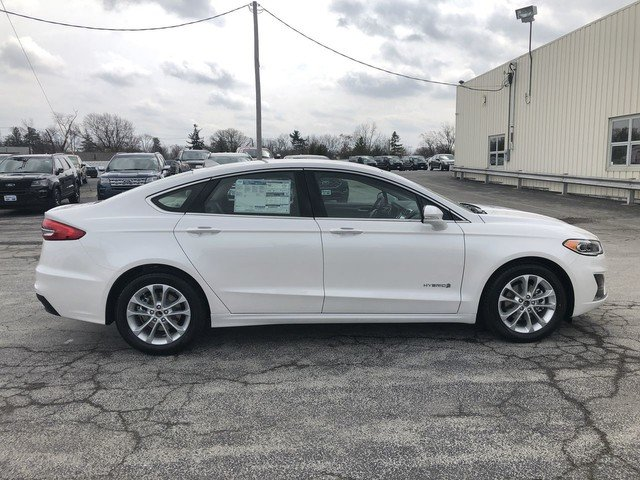 2019 White Platinum Metallic Tri-Coat Ford Fusion Hybrid SEL Automatic 4 Door Sedan
