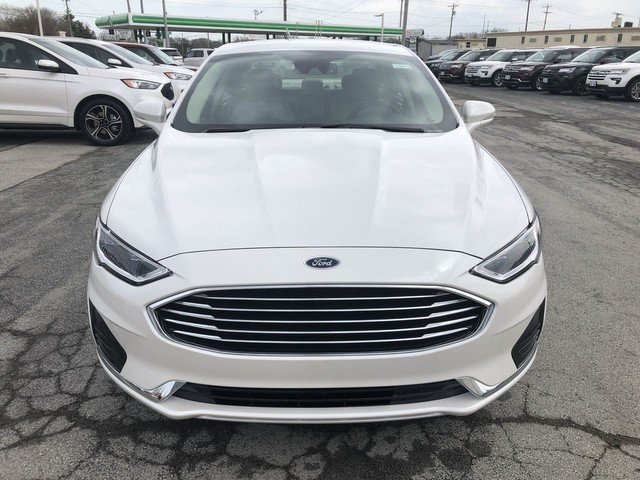 2019 White Platinum Metallic Tri-Coat Ford Fusion Hybrid SEL FWD 4 Door Automatic Sedan