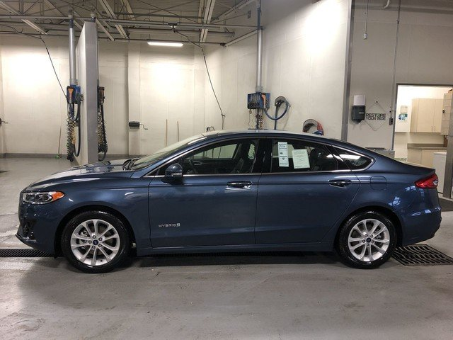 2019 METALLIC Ford Fusion Hybrid SEL FWD Sedan 4 Door Automatic