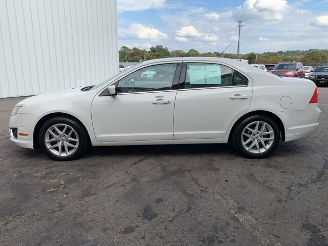 2012 White Ford Fusion SEL Automatic 2.5L 4-Cylinder Engine 4 Door