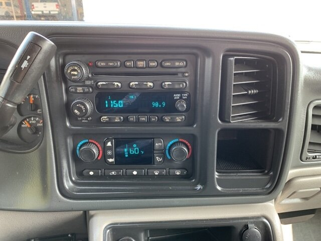 2005 Chevrolet Avalanche Z71 Automatic Truck 4 Door 4X4 5.3L 8-Cylinder Engine