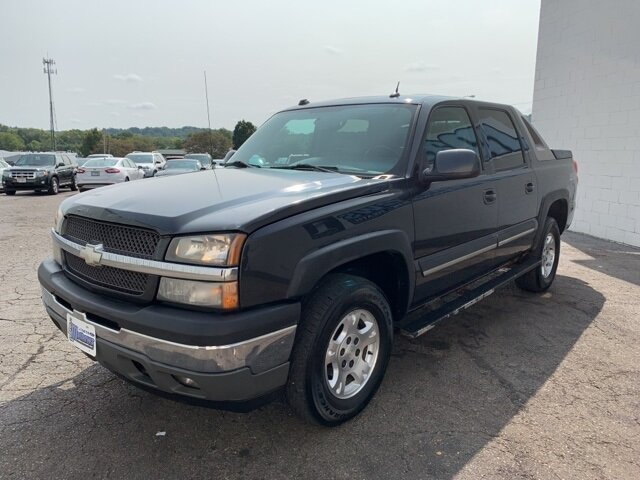 2005 Chevrolet Avalanche Z71 4 Door 4X4 Truck 5.3L 8-Cylinder Engine Automatic
