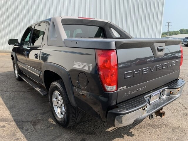 2005 Chevrolet Avalanche Z71 Automatic 4 Door 5.3L 8-Cylinder Engine Truck