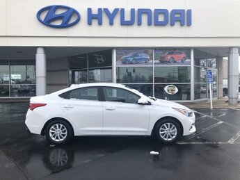 2021 Frost White Pearl Hyundai Accent SEL Automatic 1.6L DOHC Engine 4 Door Car
