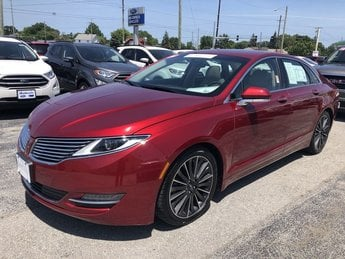 2016 Ruby Red Metallic Tinted Clearcoat Lincoln MKZ Sedan 4 Door Automatic 3.7L V6 Cylinder Engine