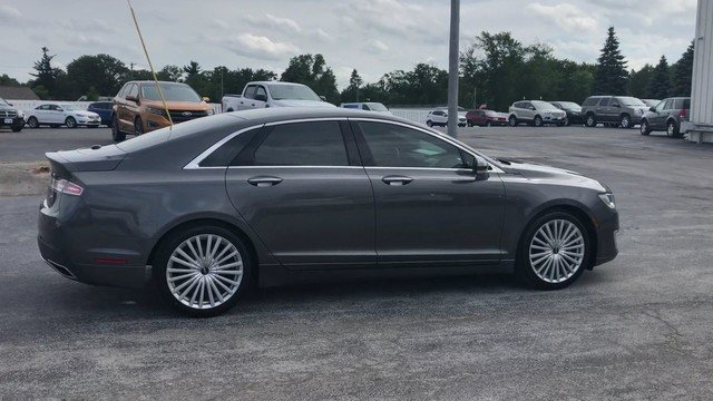 2017 Magnetic Gray Metallic Lincoln MKZ Reserve 2.0L Gtdi I-4 Engine Automatic Sedan 4 Door FWD