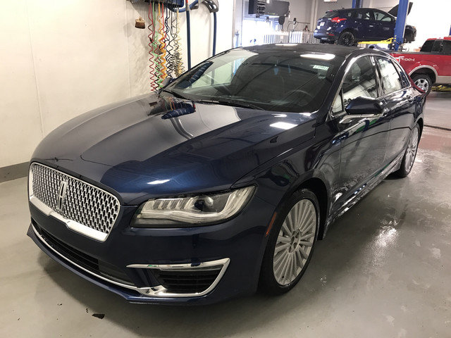 2017 Midnight Sapphire Blue Metallic Lincoln MKZ Reserve 4 Door Automatic 3.0L V6 Cylinder Engine Sedan AWD