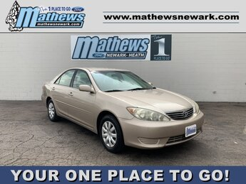 2005 GOLD Toyota Camry 4dr Sdn 2.4L 4-Cylinder Engine FWD Car 4 Door