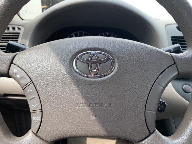 2005 Toyota Camry 4dr Sdn 2.4L 4-Cylinder Engine 4 Door Sedan