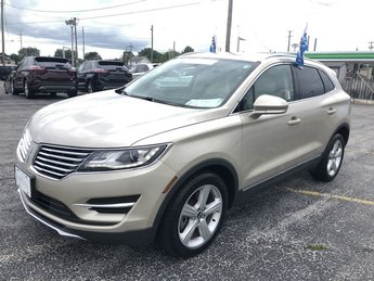 2017 Palladium White Gold Metallic Lincoln MKC Premiere 4 Door Automatic 2.0L 4-Cyl Engine SUV