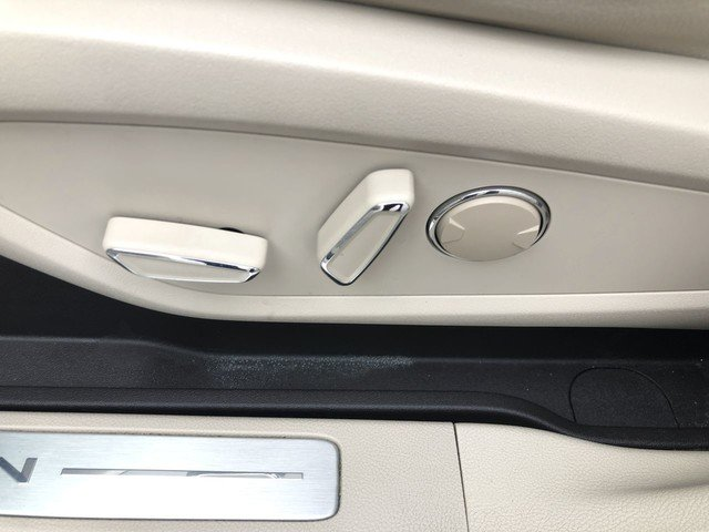 2017 Lincoln MKC Premiere 4 Door Automatic FWD 2.0L 4-Cyl Engine