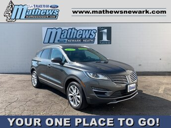2017 MAGNETIC_GRAY Lincoln MKC Select 4X4 2.0 L 4-Cylinder Engine Automatic 4 Door