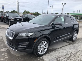 2019 Infinite Black Metallic Lincoln MKC Select AWD 4 Door SUV