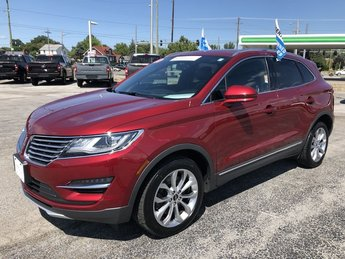 2017 Ruby Red Metallic Tinted Clearcoat Lincoln MKC Select AWD SUV 4 Door