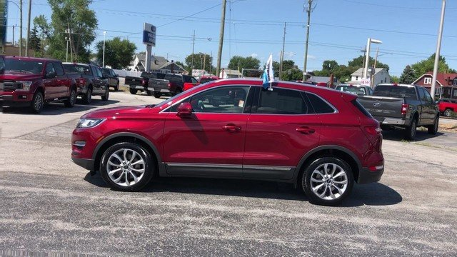 2017 Ruby Red Metallic Tinted Clearcoat Lincoln MKC Select Automatic AWD SUV 4 Door 2.0L 4-Cyl Engine
