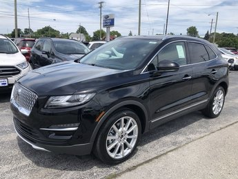 2019 Infinite Black Metallic Lincoln MKC Reserve SUV 4 Door 2.0L 4-Cyl Engine FWD