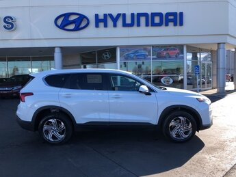 2021 Quartz White Hyundai Santa Fe SE 4 Door Automatic 2.5L I4 Engine SUV