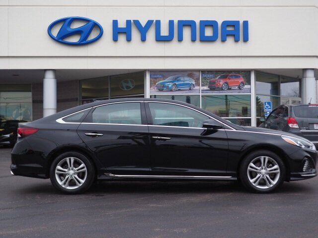 2018 Phantom Black Hyundai Sonata Sport FWD 4 Door Automatic