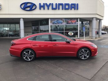 2021 Hyundai Sonata SEL Plus 4 Door FWD Automatic Car 1.6L I4 Engine