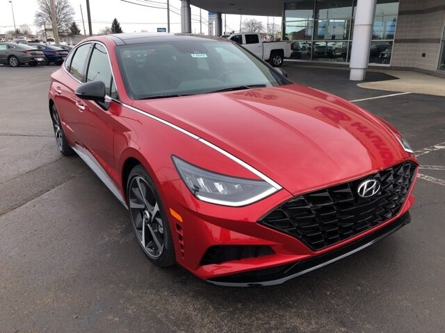 2021 Calypso Red Hyundai Sonata SEL Plus Automatic 4 Door FWD I4 Engine Car